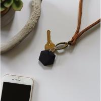 XY Find it XY2  Bluetooth Personal Item Finder Snow(Never lose anything important again)